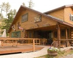 CREEKSIDE LODGE AT YELLOWSTONE