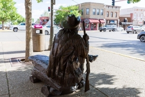Strolling Through History in Downtown Cody 4