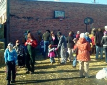 Families gather for the Lions Club Turkey Day event