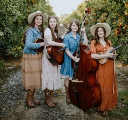 Concerts in the Park - GILLY GIRLS BAND
