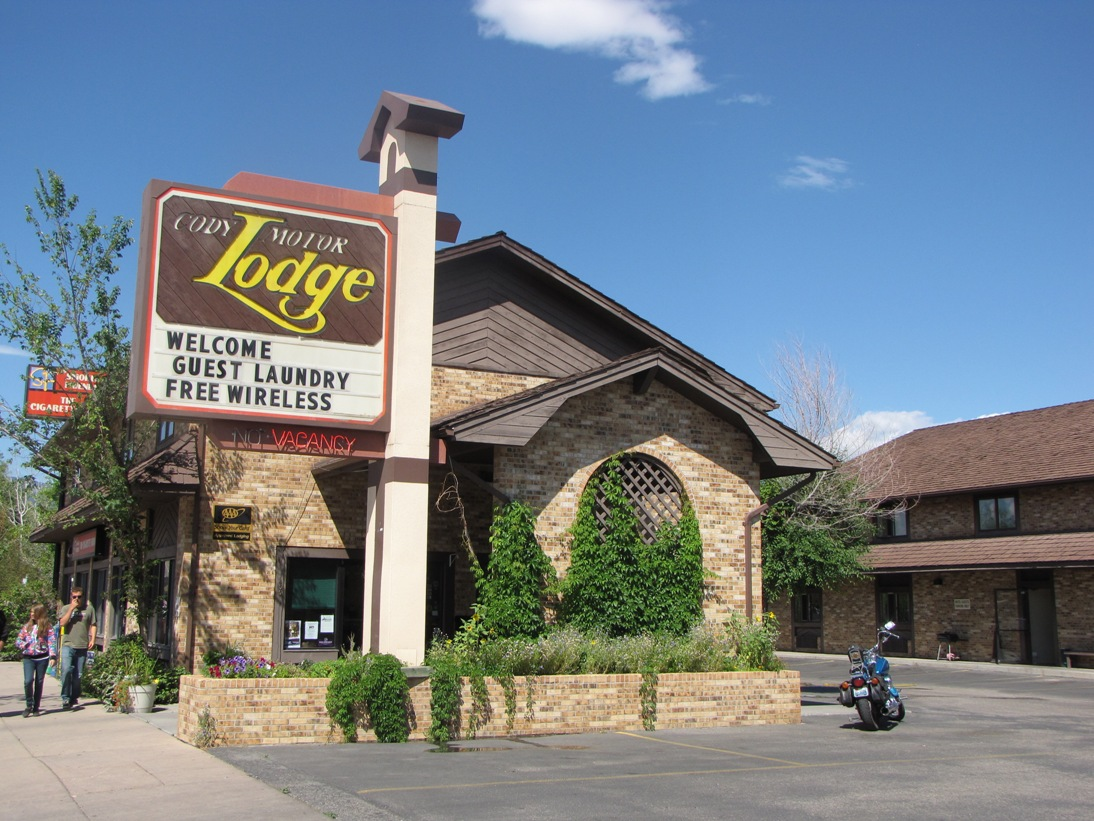 CODY MOTOR LODGE