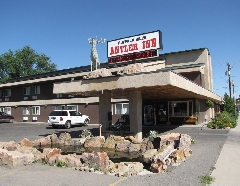 BUFFALO BILL'S ANTLER INN