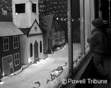 Powell Country Christmas (Photo Credit Powell Tribune) WM - Copy