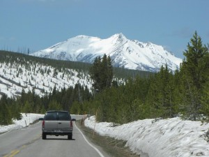Winter's grip is slow to release in Yellowstone National Park