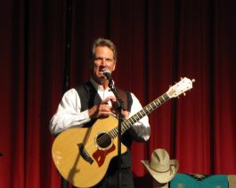 Dan Miller performs in Cody/Yellowstone Country.