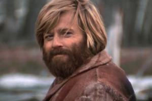 A still of Robert Redford as Jeremiah Johnson.